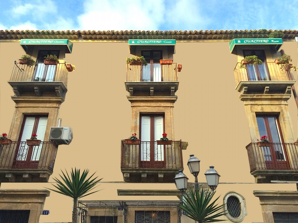 Gualtiero Suite